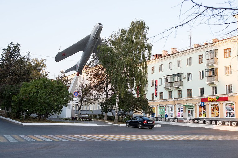 Statue commemorating the pilots of Mordovia, Saransk