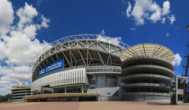 Sydney Olympic Stadium | © Adam JWC/Wikimedia Commons