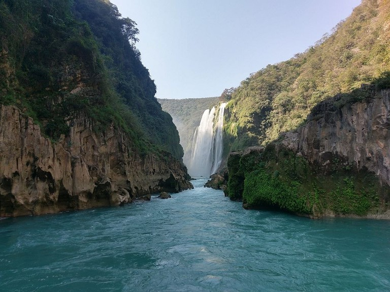 Tamul Waterfall / flickr