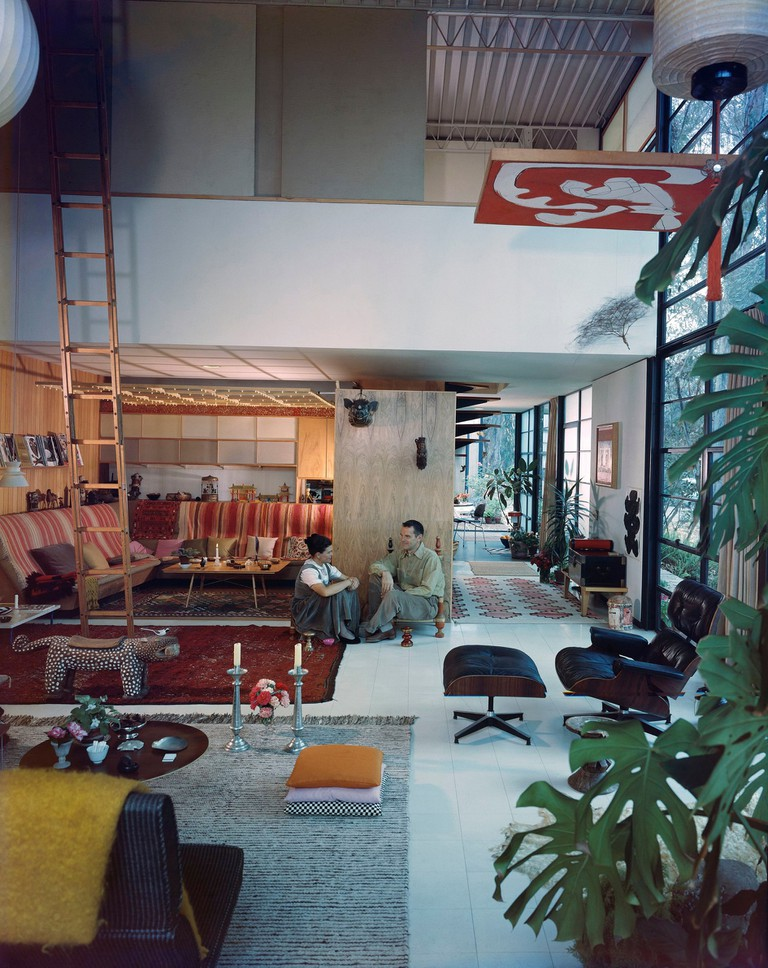 06. An Eames Celebration. Ray and Charles in their living room, Eames House, 1958