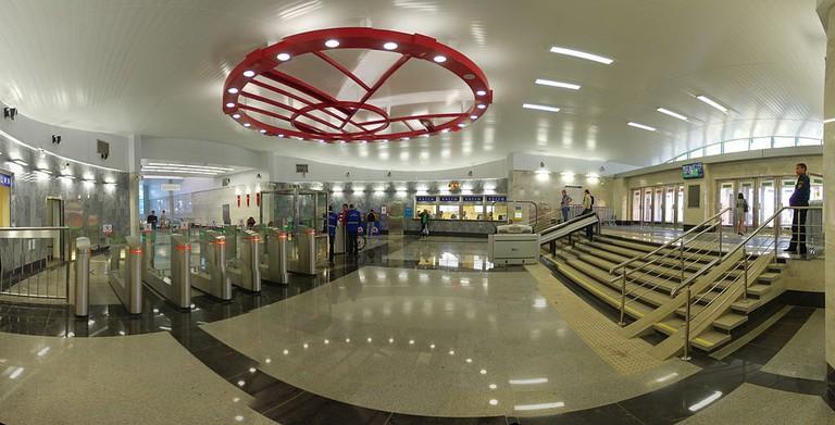 1024px-Открытие_станции_Спартак_Московского_метро_-_Moscow_metro_Spartak_station_opening_day_(15034290256)