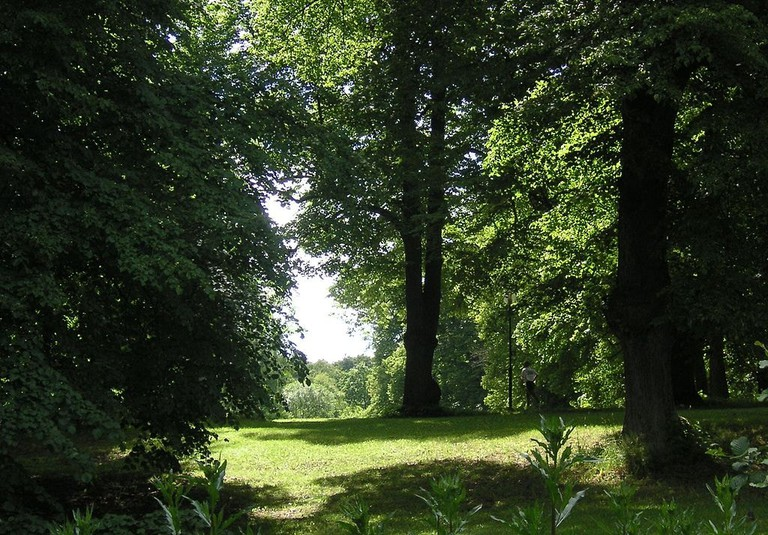 Look closely to find the runner in Hagaparken / Photo courtesy of Wikipedia Commons