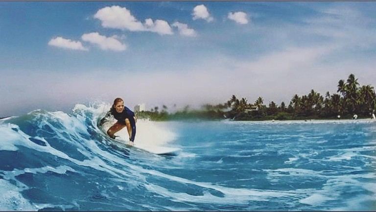 Awesome waves in Weligama