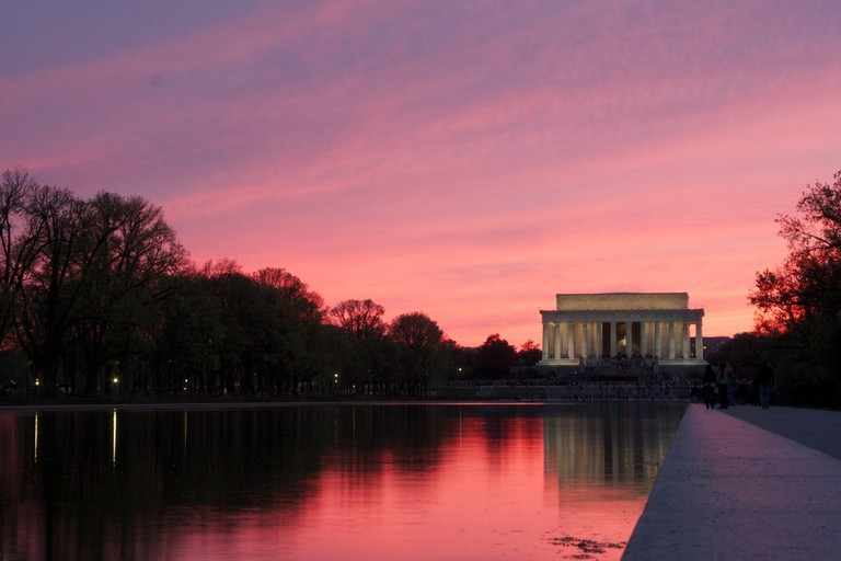 Lincoln Memorial at sunrise, a great time for a solo stroll or intense cardio workout