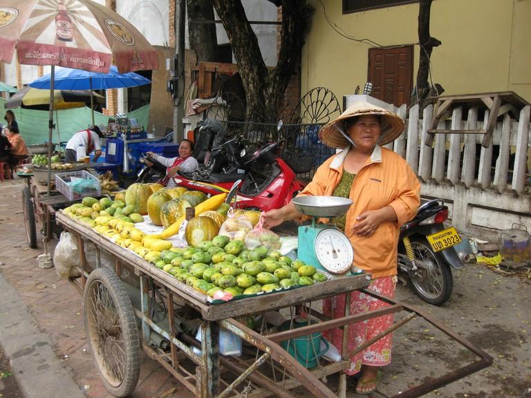 Fruit Stand | © Shankar S/Flickr