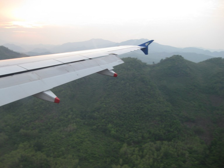 Flying Over the Mountains | © S. Shankar/Flikr