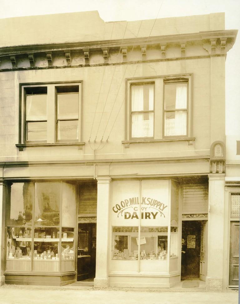 Hanover Street Dairy, Dunedin, 1927