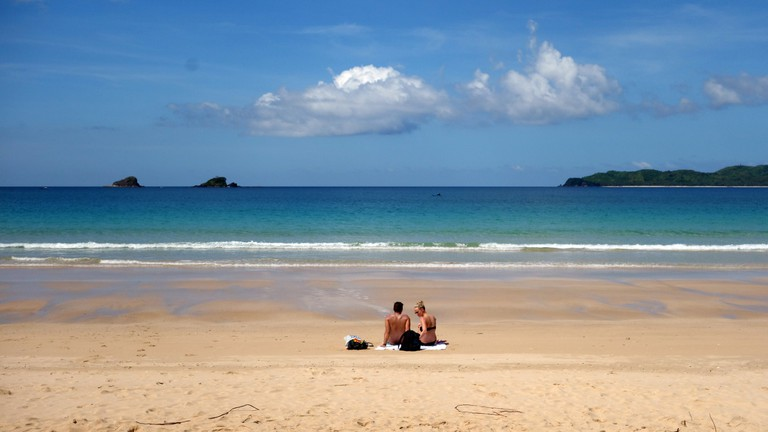 Relaxing by the sea in El Nido