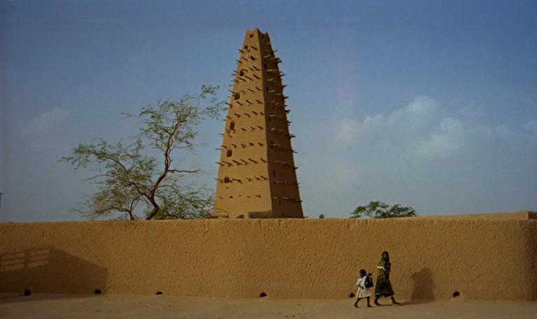 1997_277-9A_Agadez_mosque