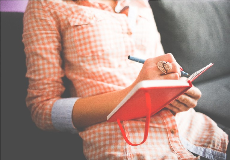 Keep a journal | © pixabay / pexels