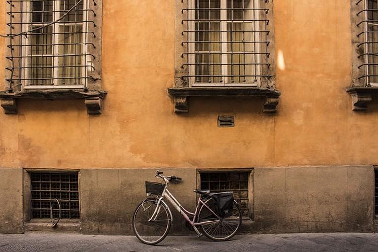 A bike in Lucca
