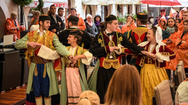 Folklore dancers Kotor