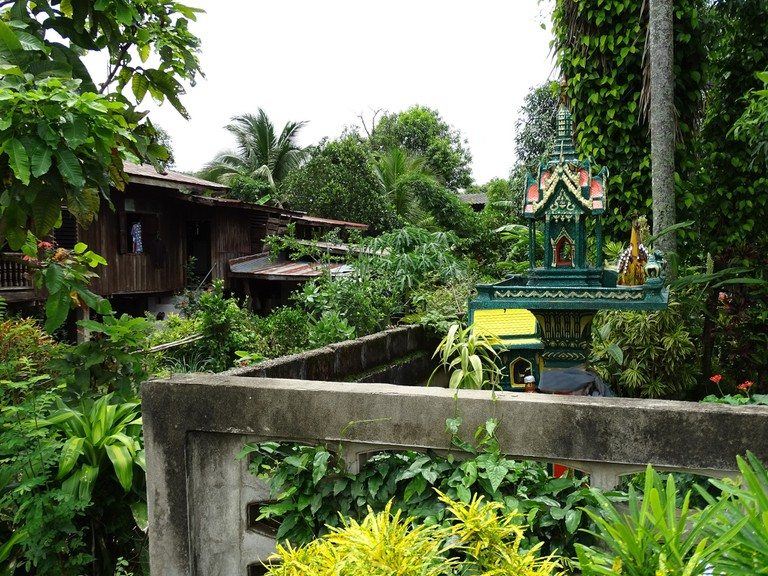 Chiang Saen spirit house