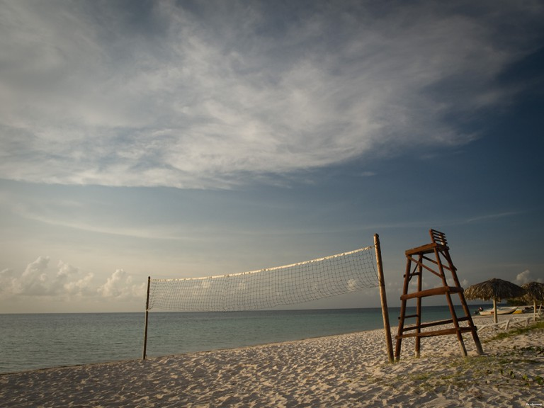 Volleyball net at Cayo Jutias
