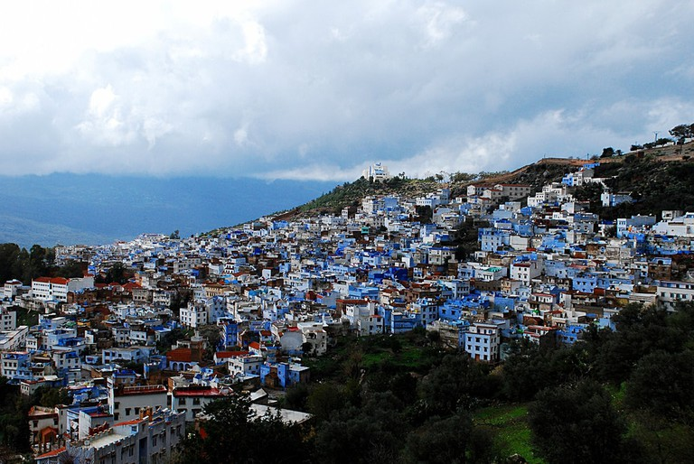 Chefchaouen's buildings against the mountains