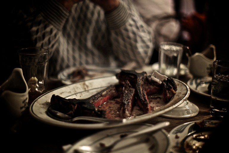 Peter Luger steak © Richard Schatzberger