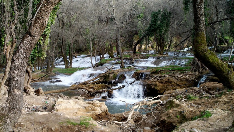 Small falls in the forests of Azrou