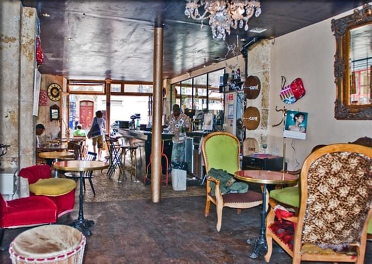 Onze Bar Interior