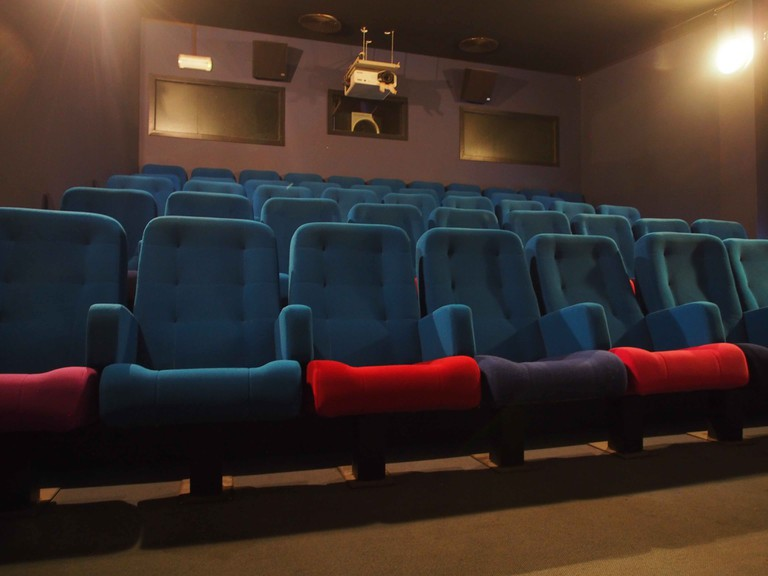 At 46 mismatched seats, the Actors Studio's tiniest theater makes for an intimate movie experience | © Nana Van de Poel