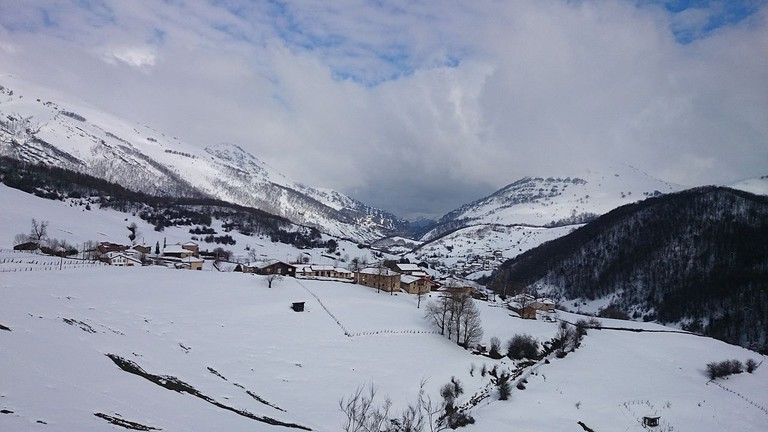 Alto Campoo, skiing, Spain | ©Rosinabeach / Wikimedia Commons