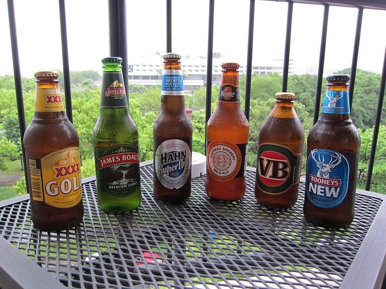Australian beers | © Terrazzo/Wikimedia Commons