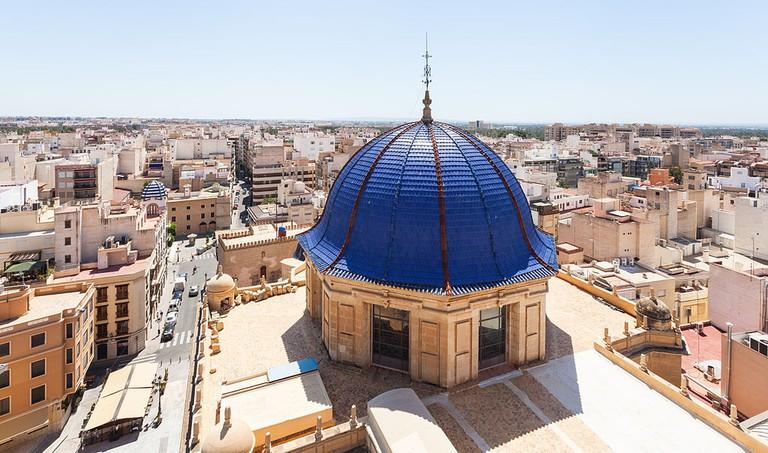 Basílica_de_Santa_María,_Elche,_España,_2014-07-05,_DD_10