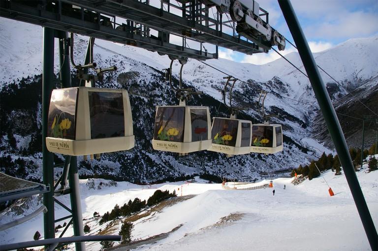Vall de Núria ski station, Catalonia, Spain | ©1997 / Wikimedia Commons