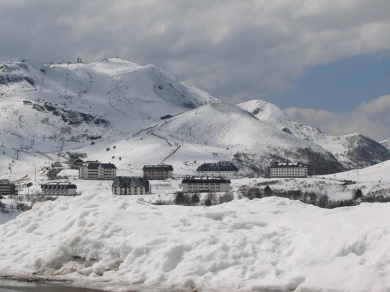Ski station Valgrande-Pajares, Spain | ©Foltrikas / Wikimedia Commons