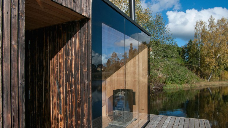 Floating-sauna-by-Small-Architecture-Workshop-10