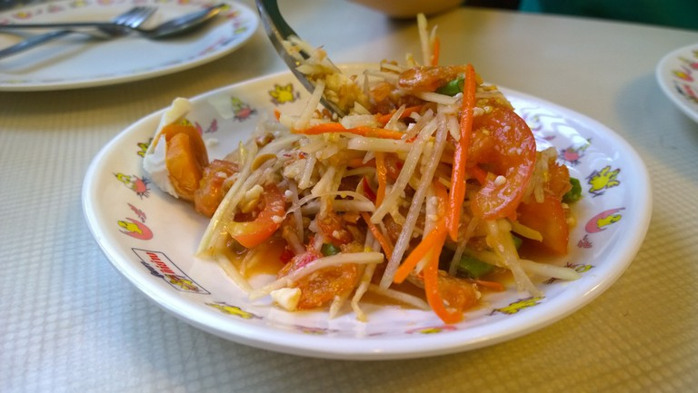 green-papaya-salad-1069958_1920