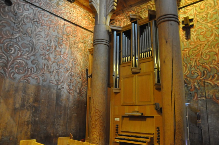 Heddal stave church interior | © blue_quartz : Flickr