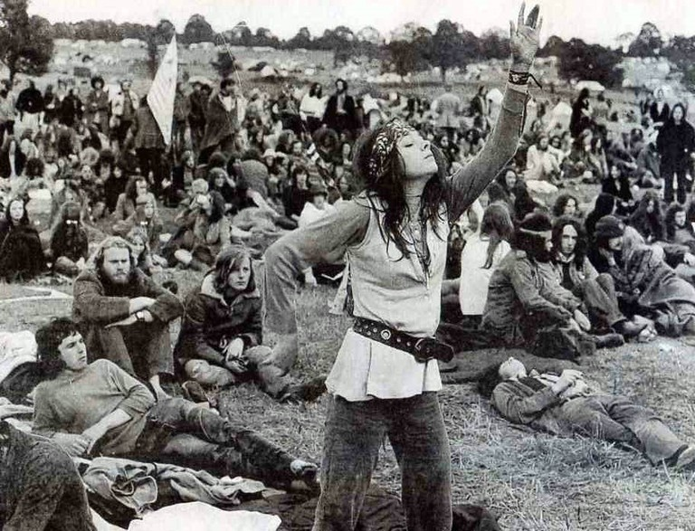Hippies Gather Together | © Paul Townsend / Flickr