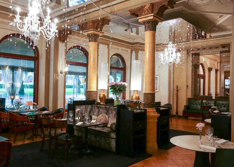 Hotel_Kämp_Brasserie_010