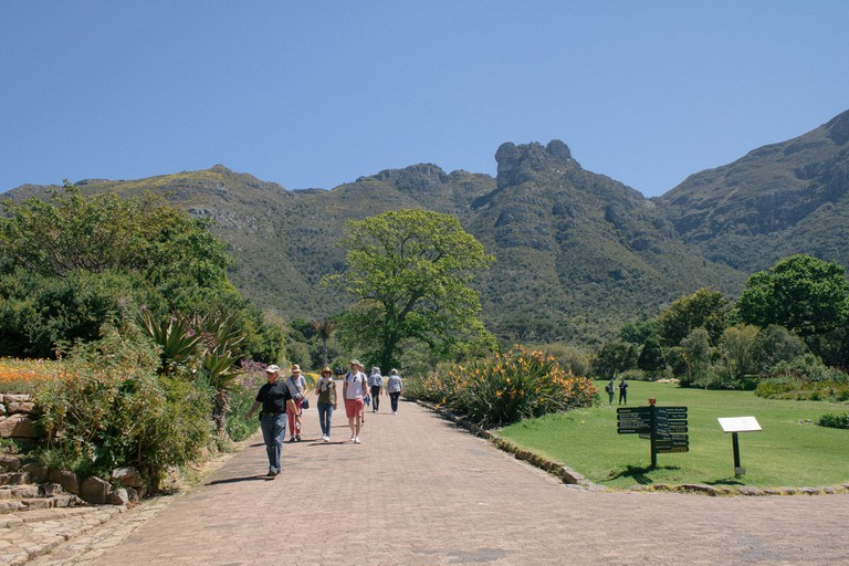 There are impressive views of the eastern region of Table Mountain