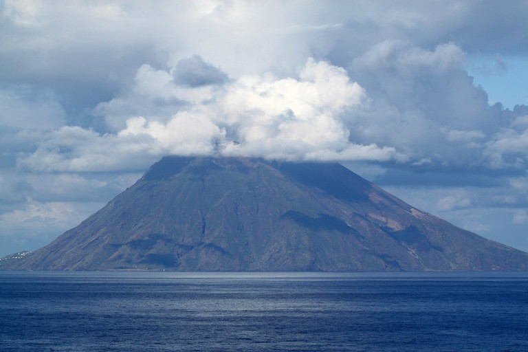 Hike up the Stromboli volcano