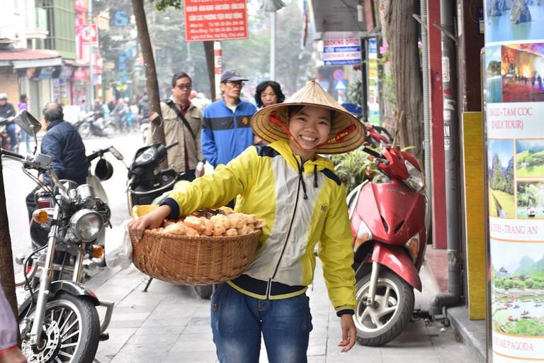 Vietnamese street food vendor | © Nikki Vargas/Culture Trip