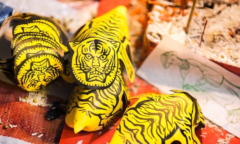 The ceremony is said to keep Bai Hu (the white tiger) at bay and thus help preserve your fortune