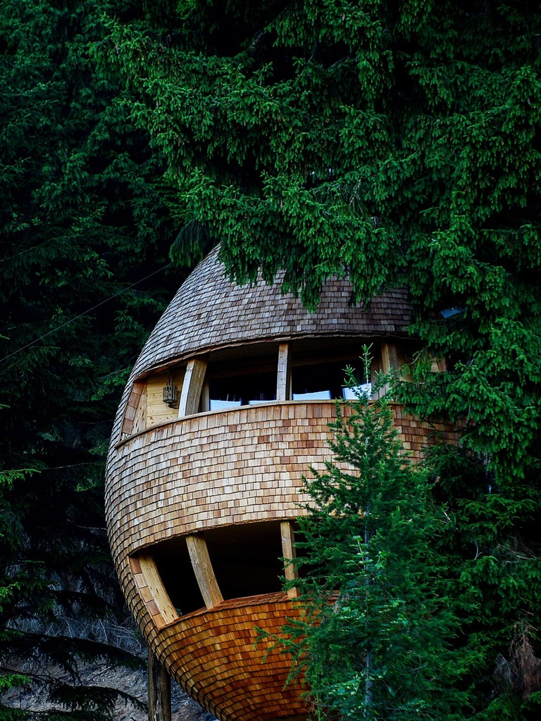 Pinecone-Tree-House-by-Domus-Gaia_2364_col_9-1704x2272