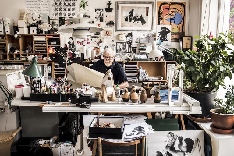 Hans Bølling in his workshop