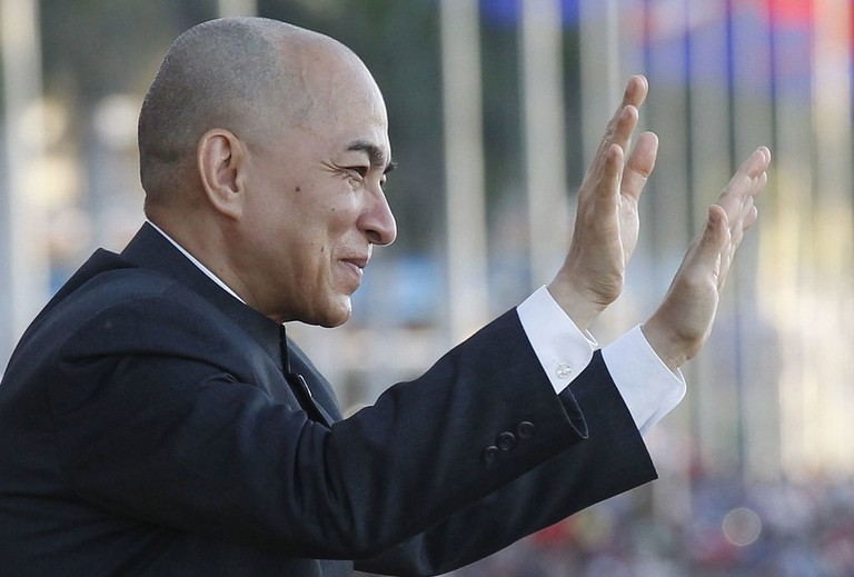 Cambodian King Norodom Sihamoni Greets Boat Rowers During the Annual Water Festival on the Tonle Sap River in Phnom Penh