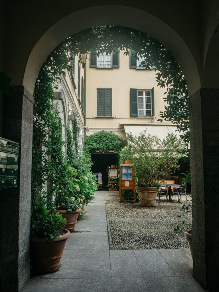 Interior courtyard in Lecco