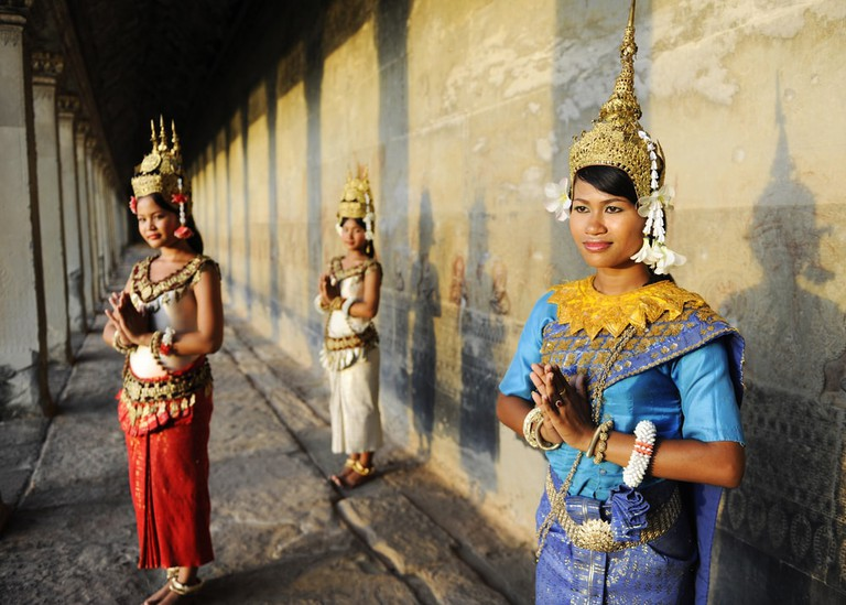 The sampeah is the common greeting in Cambodia | © Rawpixel.com/Shutterstock