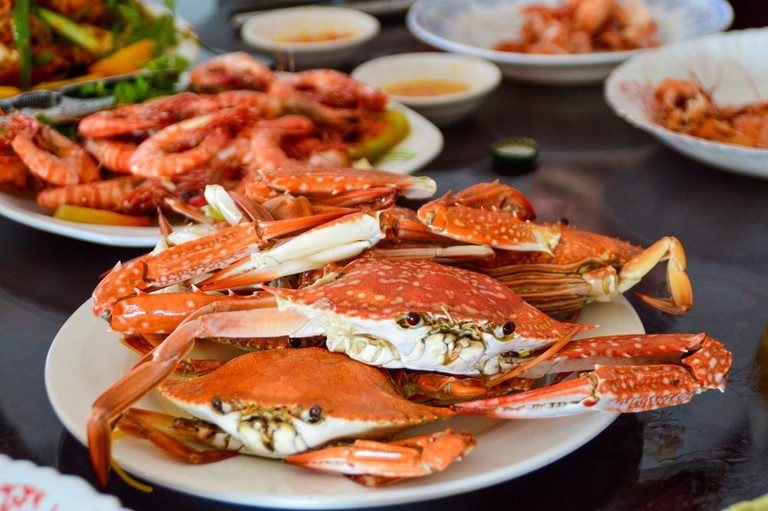 Stir-fried crab is common in Kep