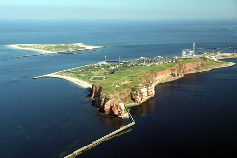 Aerial View of the Island of Heligoland, Germany | © Markus Stappen/Shutterstock
