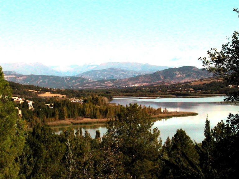 Terradets Lake, Catalonia, Spain | ©Isidre blanc / Wikimedia Commons