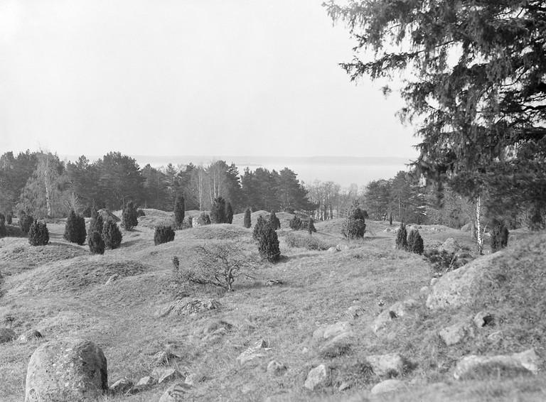 Viking graves