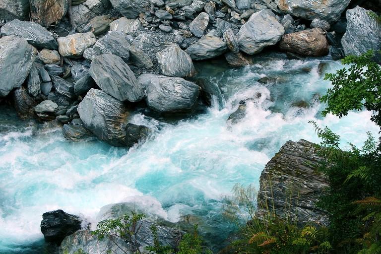 waterfall-2269685_1280