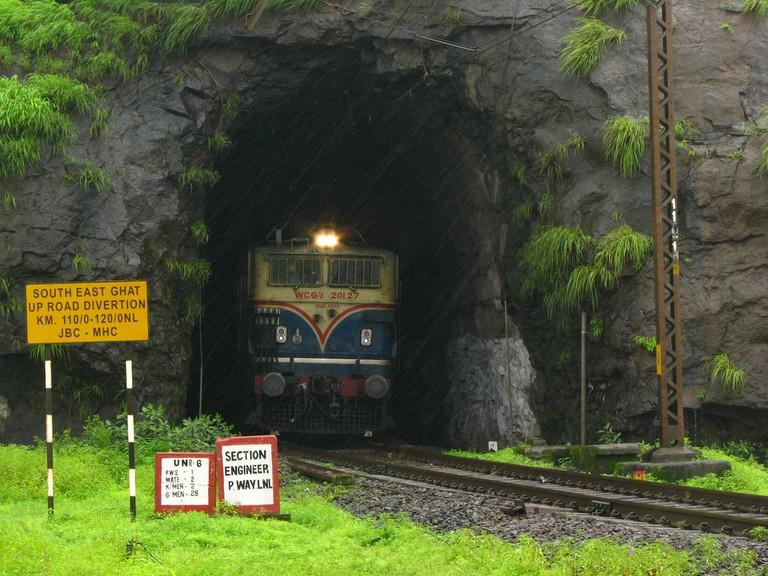 WCG2_Nagnath_line_Indian_Railways