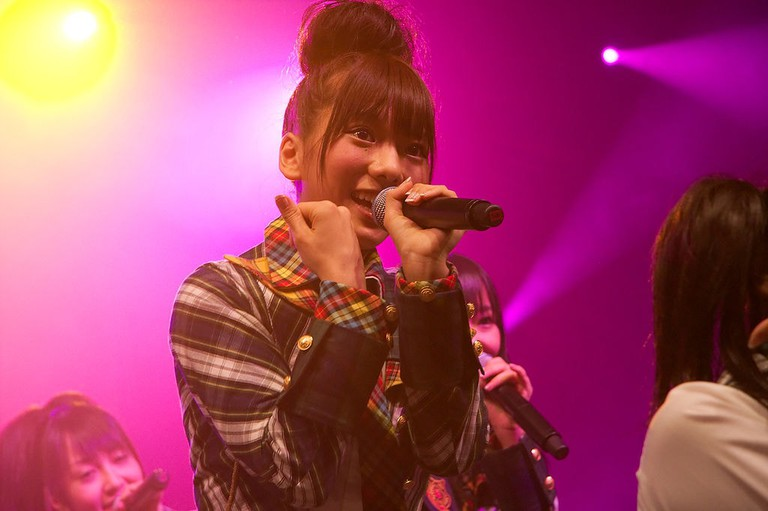 1024px-AKB48_20090703_Japan_Expo_04