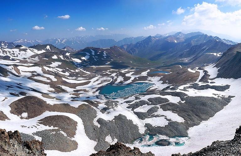 Akbulak Lake